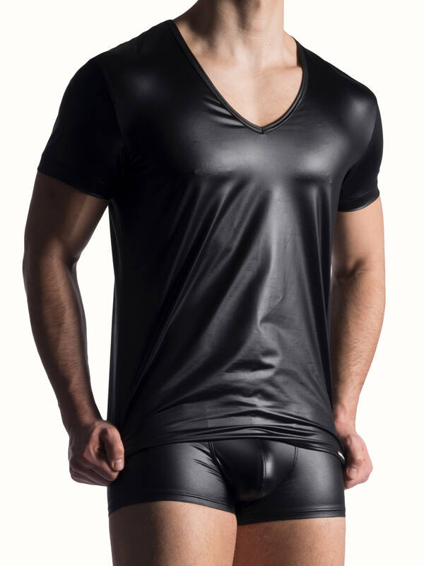 Manstore M816 Tshirt V-Neck low black